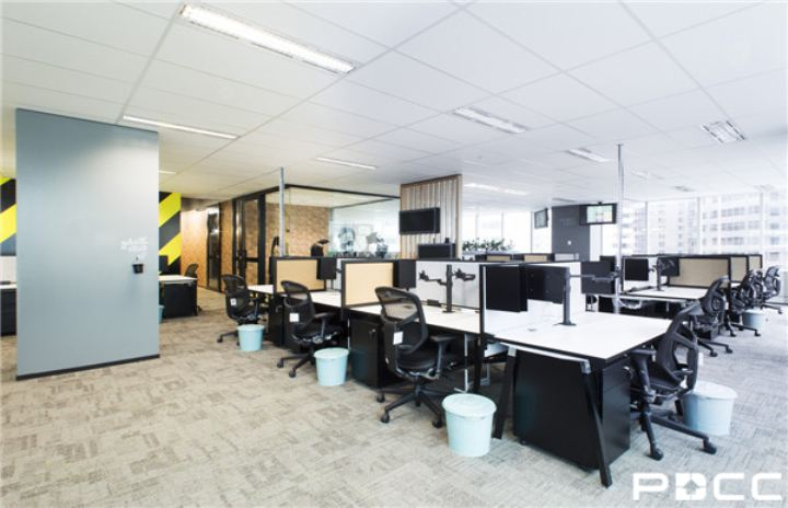 如何装修开放式办公空间?